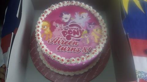 Sambutan Birthday Aireen di Sekolah.