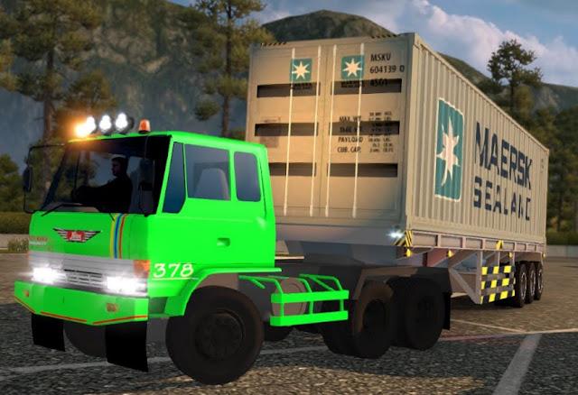 gambar truk hino kontainer istimewa