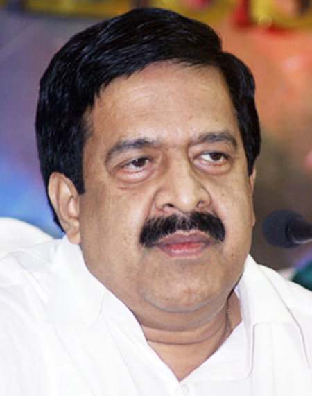 Kochi, Kerala, News, Harthal, Ramesh Chennithala, High Court, Notice,  Hartal: Chennithala should explain, says HC.
