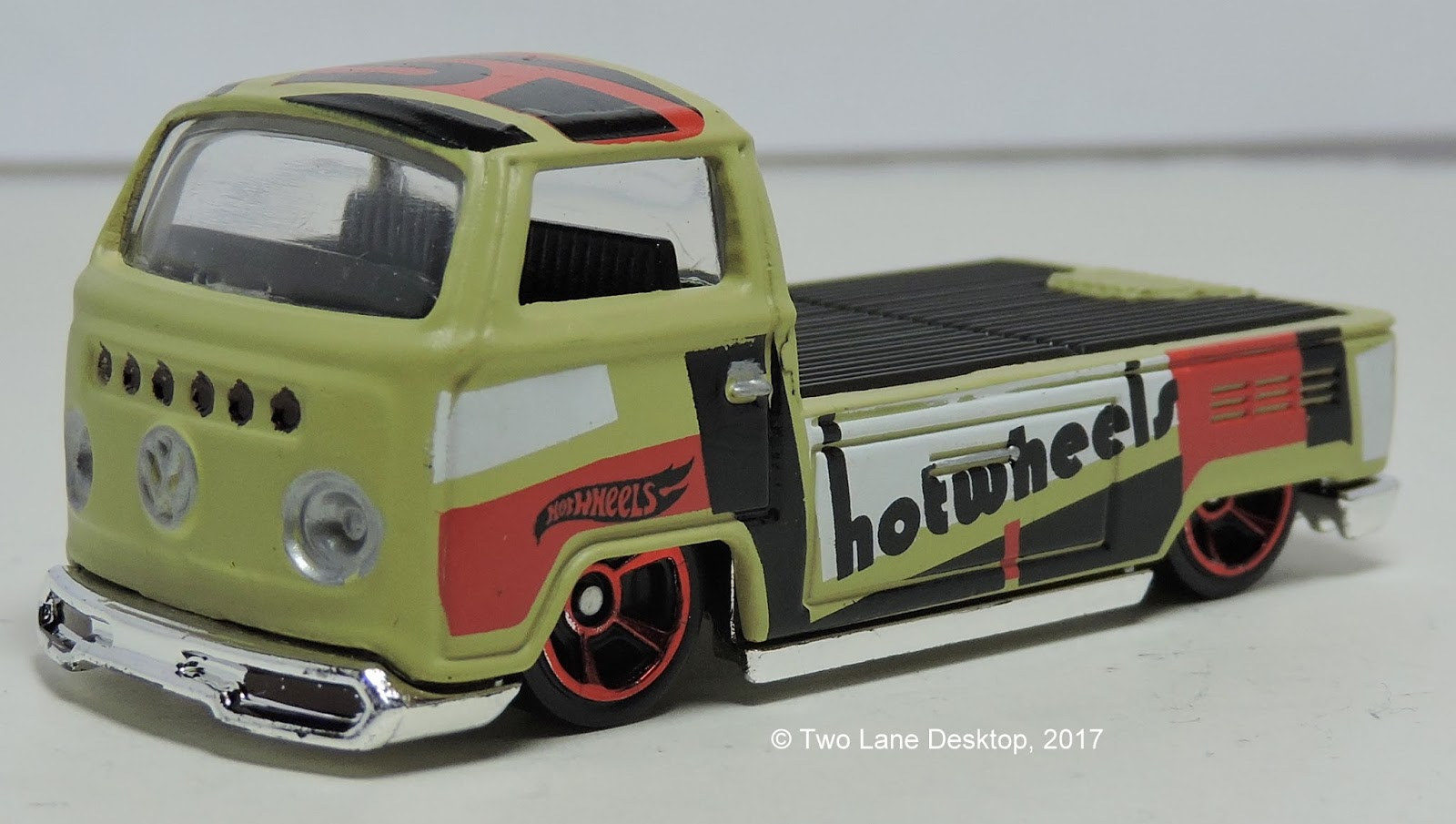 two lane desktop hot wheels volkswagen type 2 pickup and. Black Bedroom Furniture Sets. Home Design Ideas