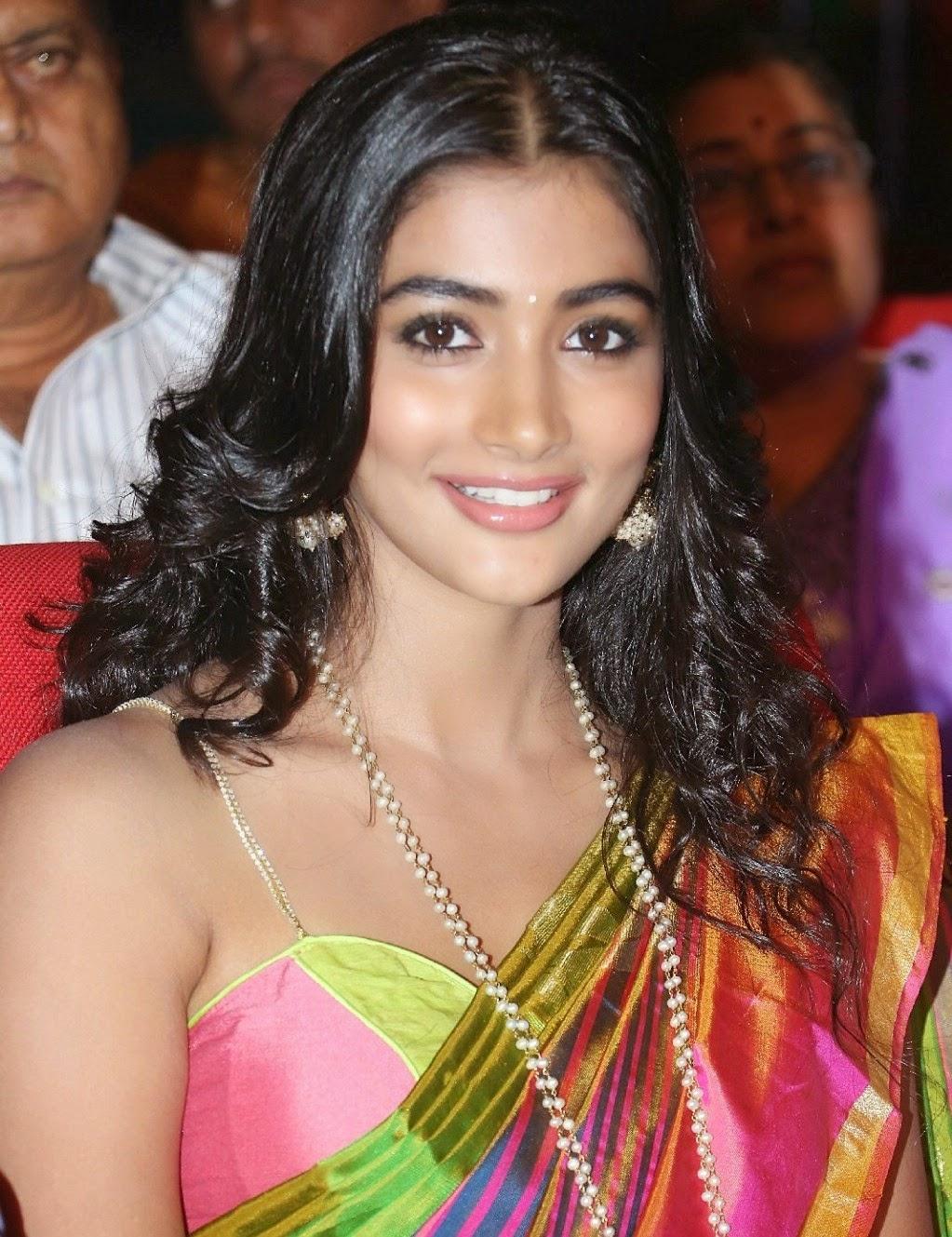 Hot Actress Pics Pooja Hegde Hot Pics-5973