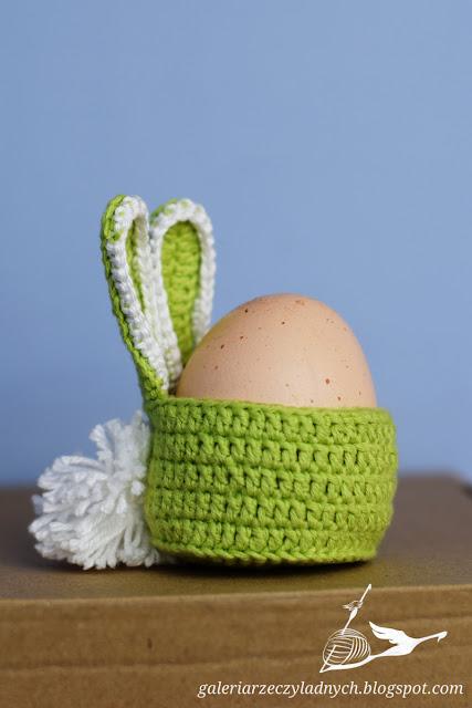 Jajo z pomponem