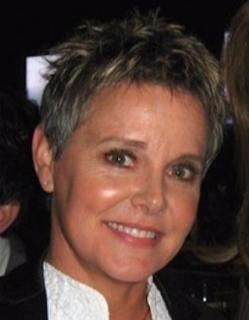 Carrie Schenken amanda bearse, age, wiki, biography
