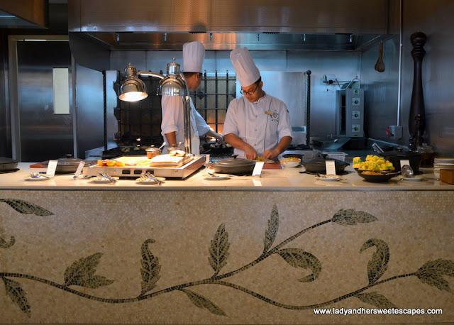 live grill station at Palazzo Versace Dubai