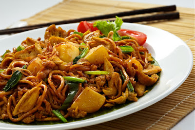 Satu lagi resep nusantara yang membuat penikmat masakan ketagihan yaitu Bakmi Goreng spes Resep Bakmi Goreng Spesial Komplit