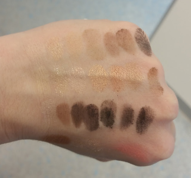 essence Master pieces Lidschatten Swatches Natural Nude, Bronzing babe, Rocking rebel, Gorgeous glow