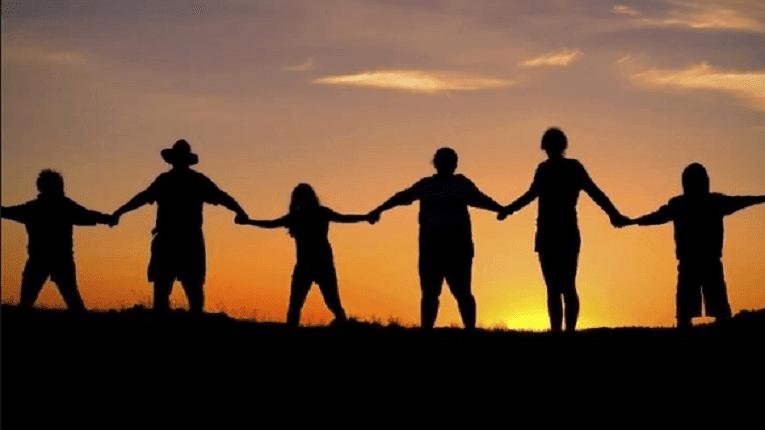 Puisi Persaudaraan Dan Kemanusiaan Tak harus sedʌrah untuk bersaudara