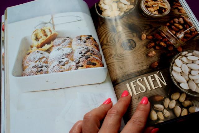 ciastecznik,wydawnictwo laurum,muffinki,przepis na muffiny,z kuchni do kuchni,najlepszy blog kulinarny,katarzyna franiszyn-luciano,ciasto z truskawkami,