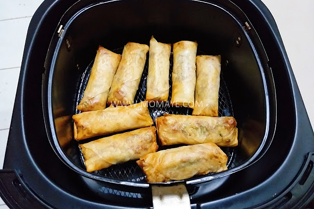 Philips Airfryer, Momaye Cooks, kitchen appliances, food, air fry food, air fryer, kitchen gadget, airfried lumpia, spring rolls