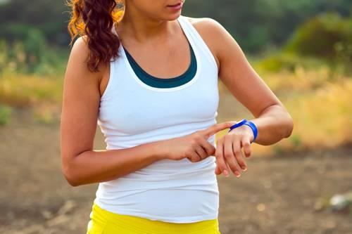 Os rastreadores fitness podem realmente melhorar a sua saúde