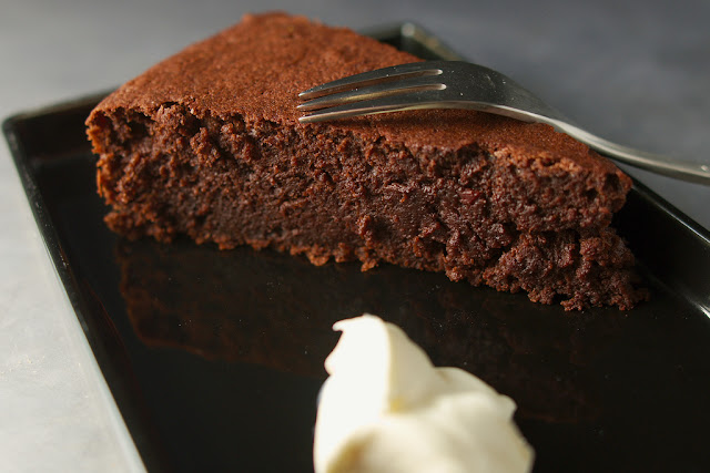 Gâteau au chocolat et aux flocons d'avoine