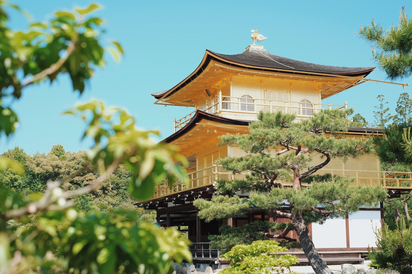 kinkakuji golden pavilion kyoto