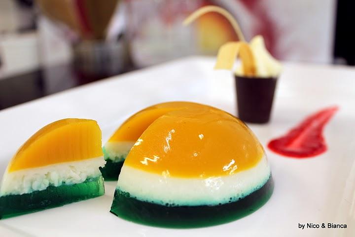 Peppermint Sponge Cake Recipe