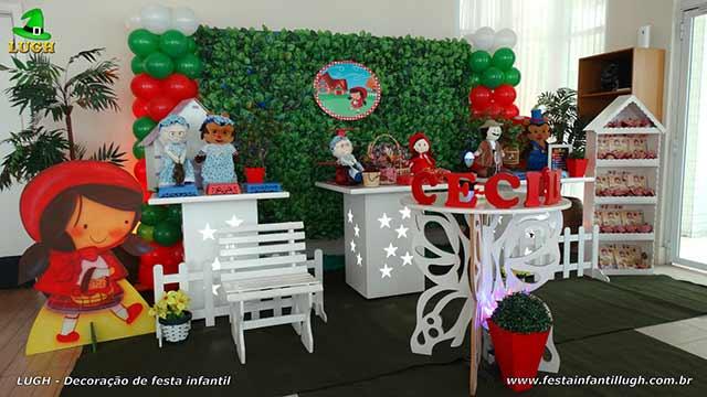 Decoração mesa de aniversário Chapeuzinho Vermelho - Provençal simples