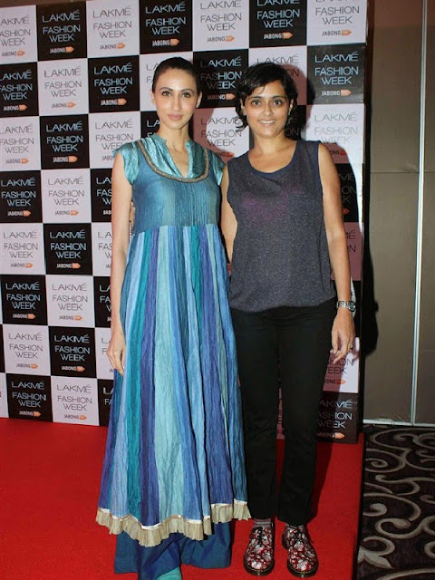 Designers With Their Muses At The Lakmé Fashion Week Winter Festive