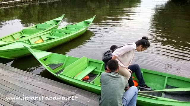Perahu Dayung