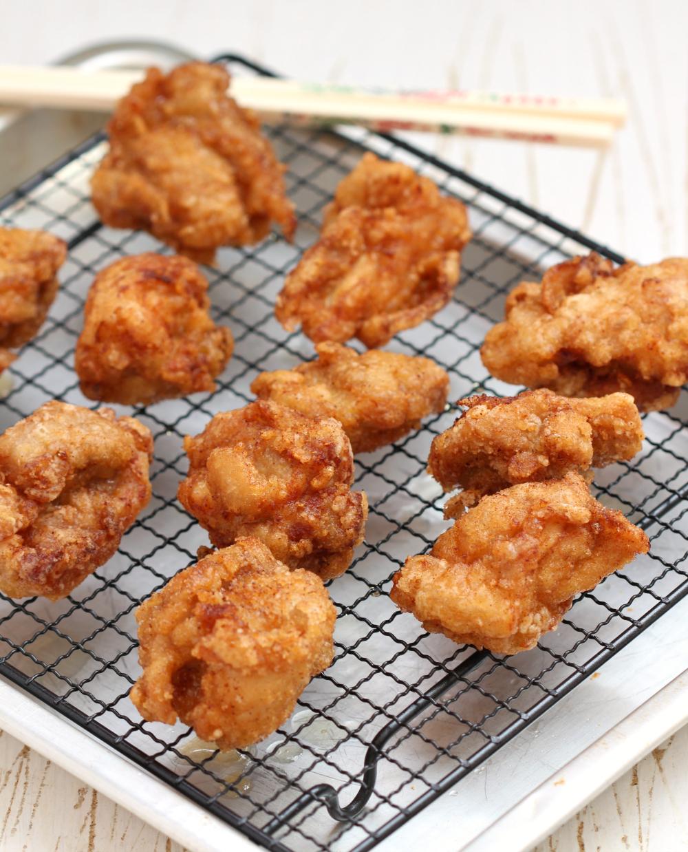 my bare cupboard: Chicken karaage / Japanese fried chicken