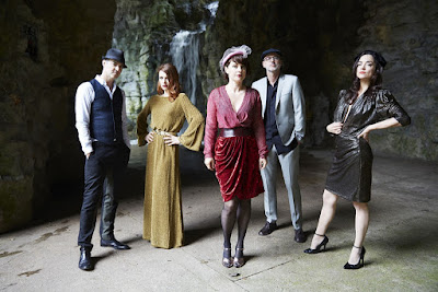 "NOUVELLE VAGUE ""Athol-Brose"" (Cocteau Twins cover)"