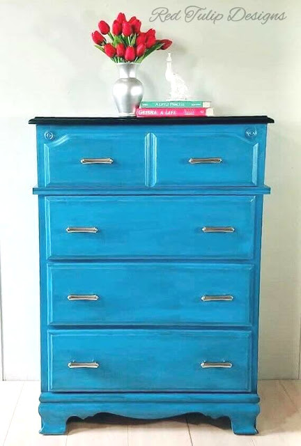 blue dresser makeover - red tulip design