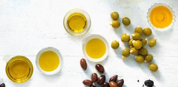 buah dan minyak zaitun extra virgin