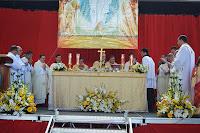 Presidida pelo Monsenhor Paulo Daher, a cerimônia foi celebrada pelos padres das paróquias de Teresópolis