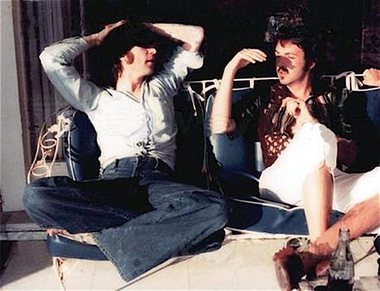 Last Known Photos of John Lennon and Paul McCartney Together in 1974 |  Vintage News Daily