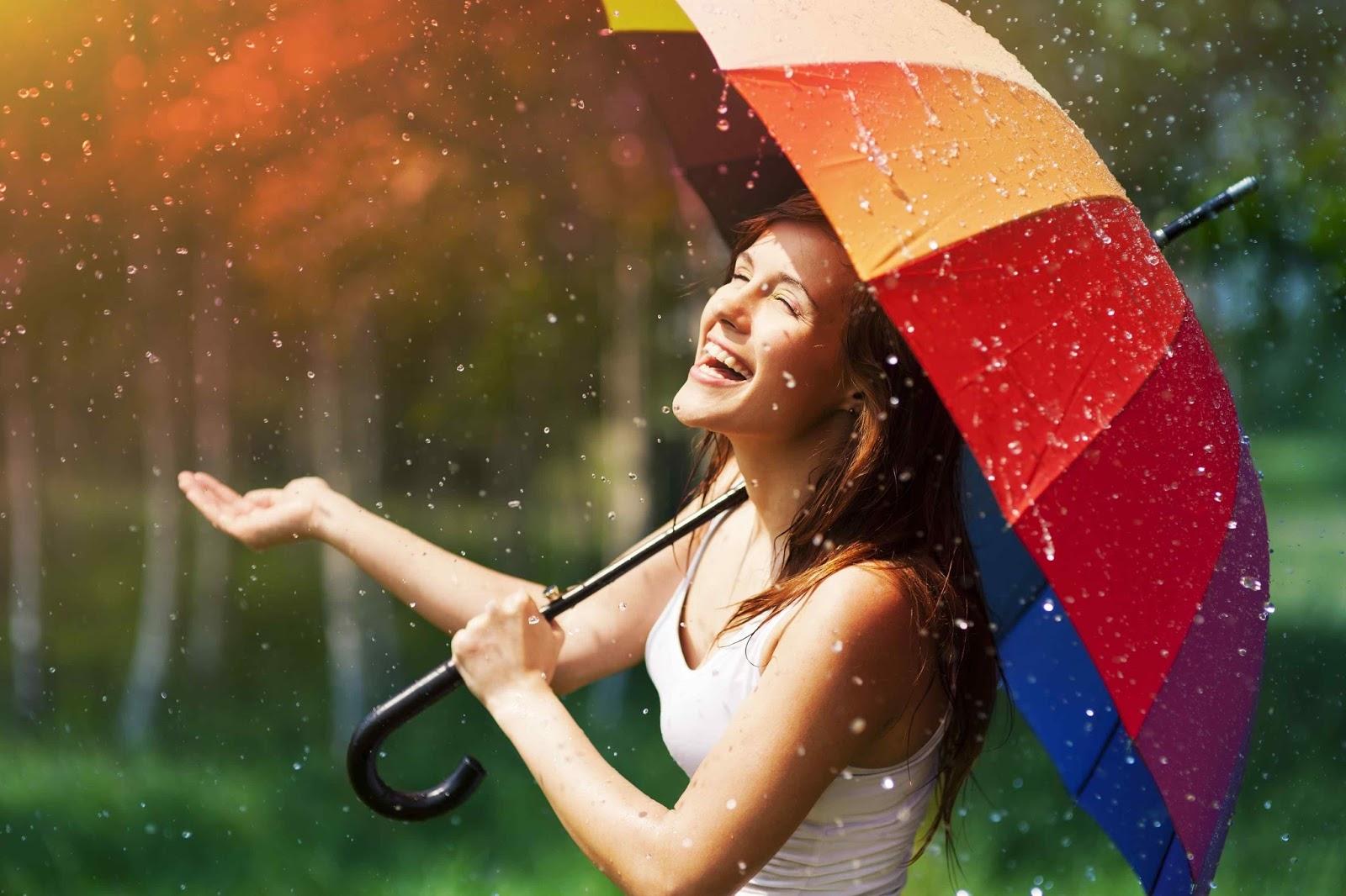 warm rain enjoying girl profile dp for whatsapp
