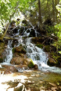 Hanging Lake waterfalls trail Colorado Glenwood Springs summer