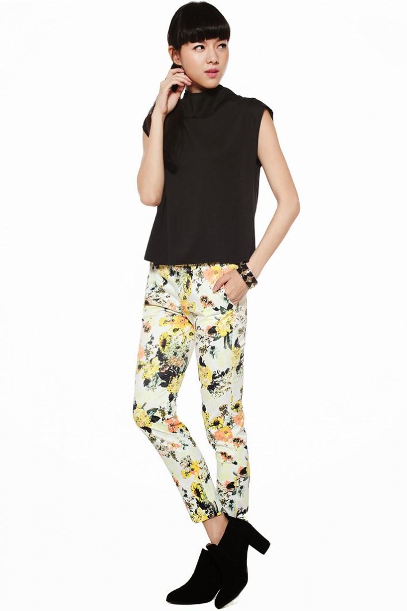 bea8dd0cf02a67 BNWT Phrisca Pants, White, XS Size XS measures 13