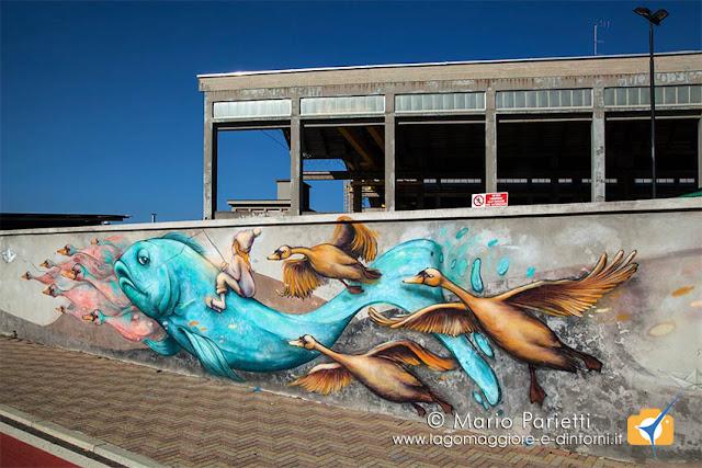 Murales sui muri dei cantieri nautici