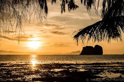 Sunrise-Koh-Ngai-Thailande