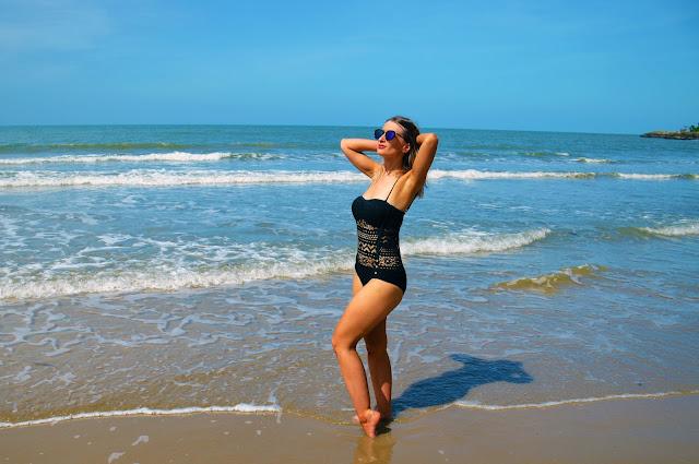blogger swimsuit