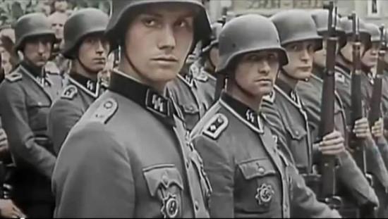 Waffen SS (Schutzstaffel) - Pasukan elit NAZI Jerman