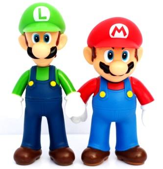Dibujo de Mario Bros agarrando de la mano a Luigi a colores