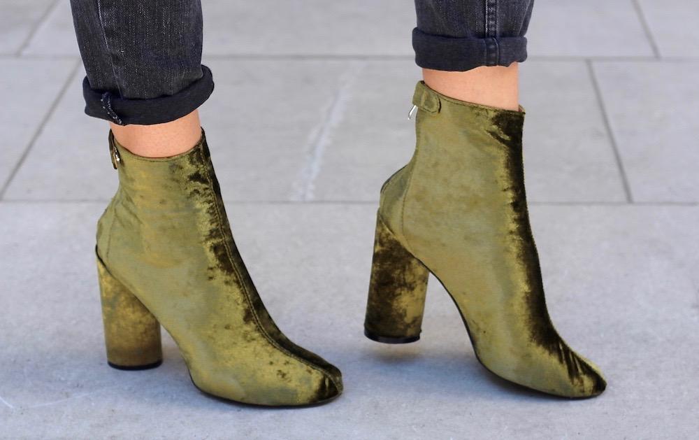 public desire velvet boots