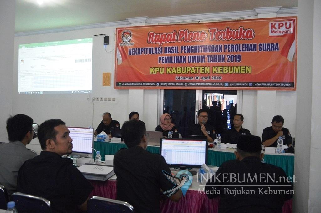 Pemilu Serentak di Kebumen, 2 Meninggal Dunia, 4 Wanita Keguguran dan 30 Petugas Jatuh Sakit