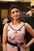 Actress Pranitha Subhash Pos in Short Dress at SIIMA Short Film Awards 2017 .COM 0151.JPG