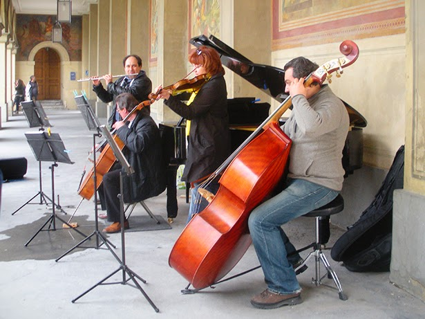 Street musicians in Munich, Germany