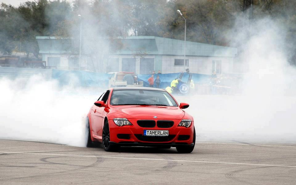 Car Amp Bike Fanatics Bmw M6 Burnout