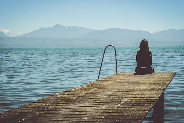 Đơn độc (Solitude) hay cô độc (Loneliness)?