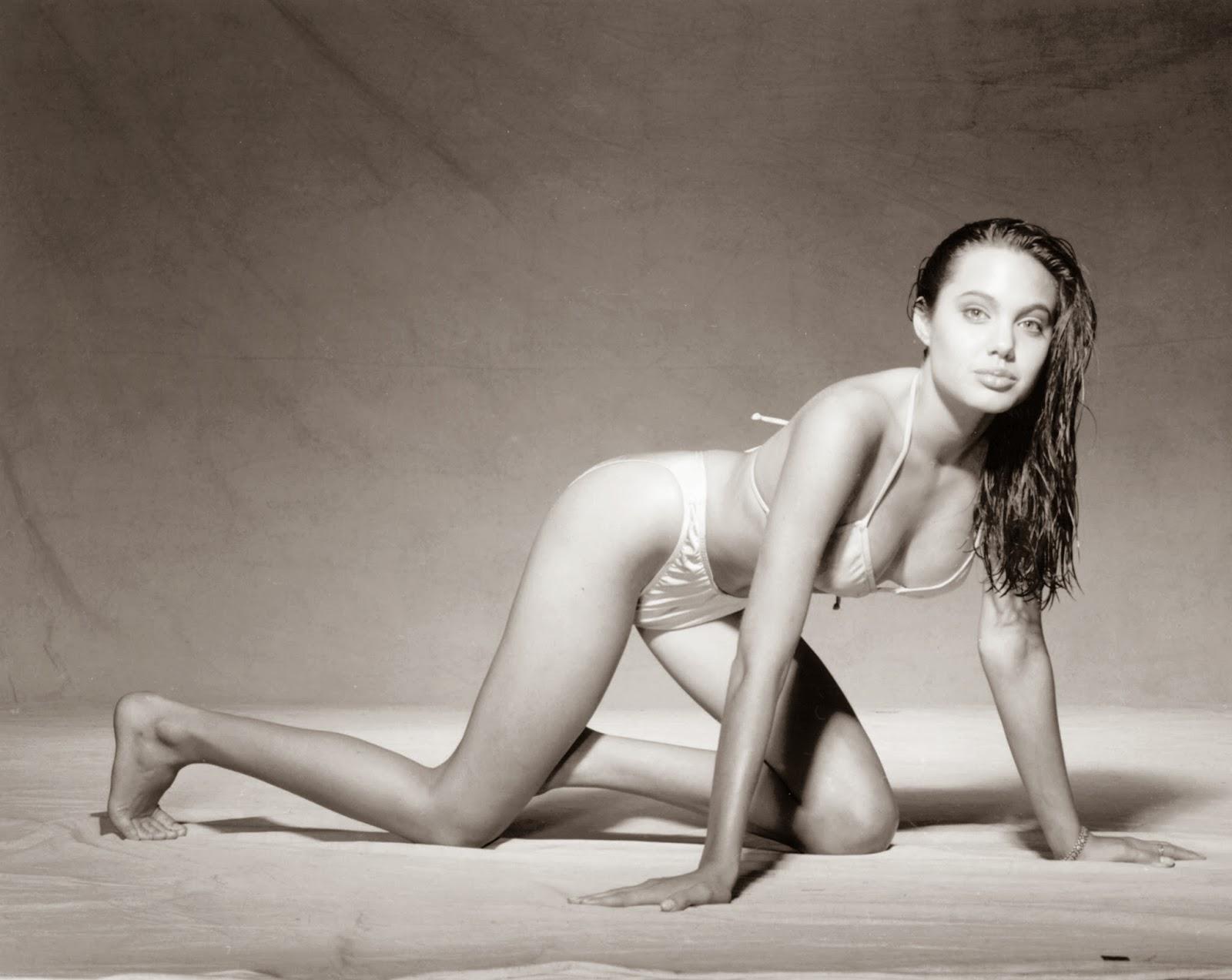 Content Angelina Jolie Teen Bikini 75