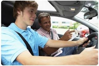học lái xe ô tô tại Hà Nội