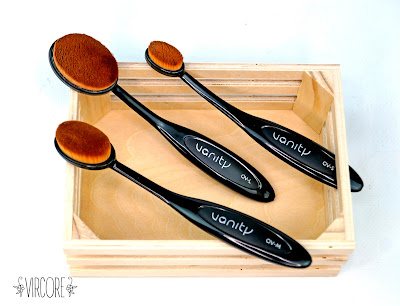 vanity tools oval brushes