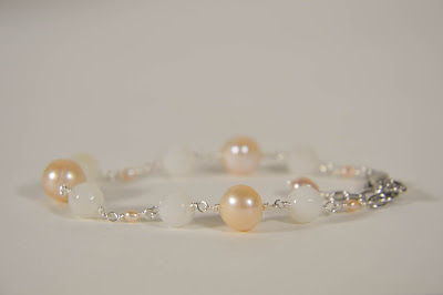 pink peach agate pearl and white off white ivory agate crystal bracelet for brides bridesmaids weddings casual stainless steel clasp handmade