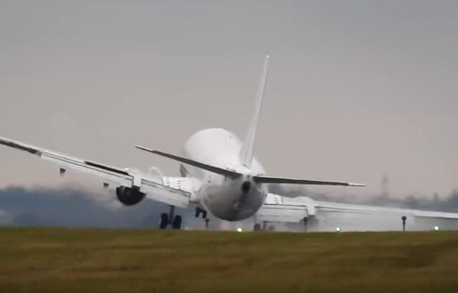 Un avion évite le crash à Prague.