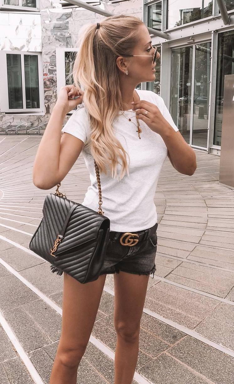 ootd | white t-shirt + bag + denim shorts