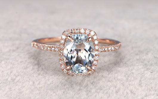 5 Reasons To Buy Aquamarine Engagement Rings