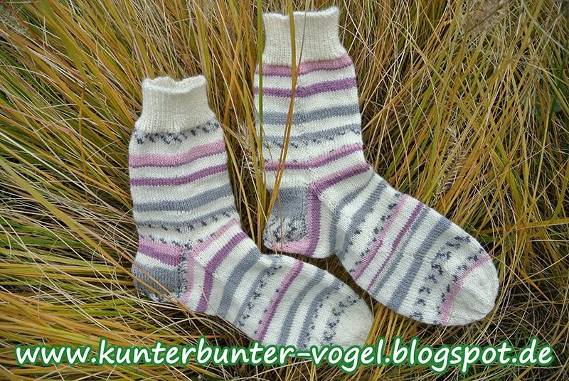 http://kunterbunter-vogel.blogspot.de/2014/11/dianas-weihnachtssocken-geringelt.html