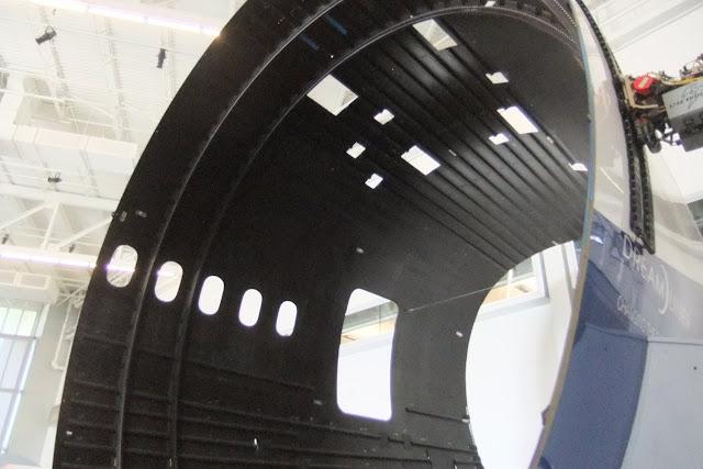 carbon-fiber-body 787炭素繊維複合材ボディ