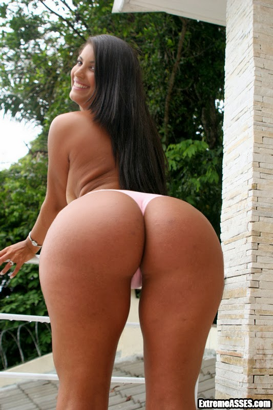 Mega nalgotas de super abuela - 1 part 7